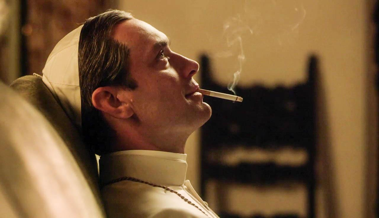 the young pope smoke